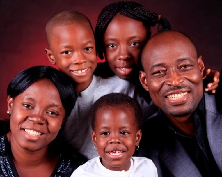 p6-7 Nigeria - Pius_and_family.jpg